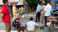 Va chạm với ô tô, đôi vợ chồng ở Nghệ An bị thương nặng
