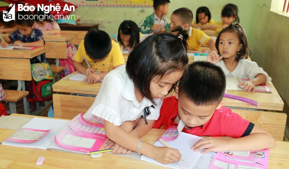 Nghệ An sẽ công bố kết quả chọn sách giáo khoa lớp 2 và lớp 6, trước ngày 5/4/2021