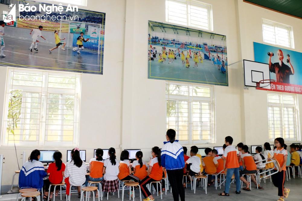Quy hoạch lại mạng lưới trường lớp để triển khai chương trình phổ thông 2018 ở Nghệ An: Khó khăn và giải pháp