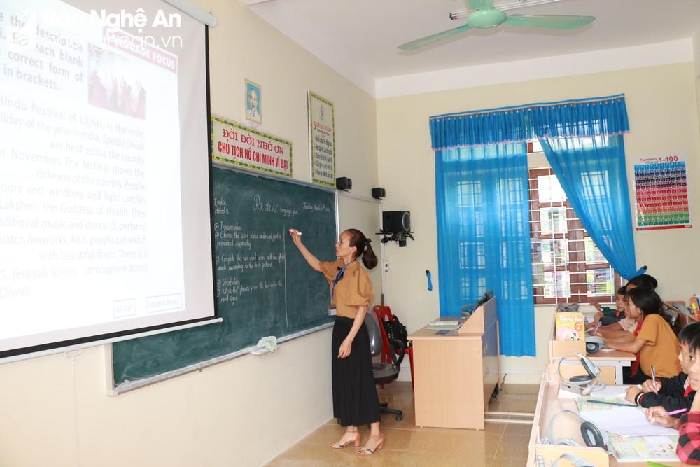 Hơn 100 xã vùng cao Nghệ An không còn chính sách hỗ trợ, ngành giáo dục gặp khó