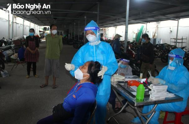 Sáng 19/10/2021, Nghệ An ghi nhận 25 ca nhiễm mới Covid-19, trong đó có 1 ca cộng đồng