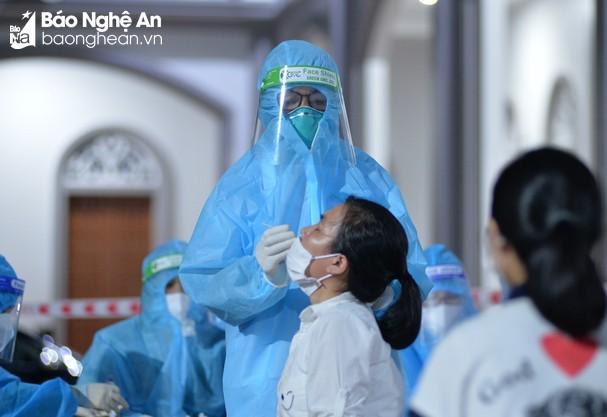 Chiều 26/10/2021, Nghệ An có 13 ca nhiễm mới Covid-19, đều được cách ly từ trước