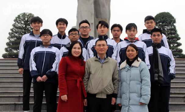 12 học sinh Nghệ An lọt vào vòng 2 chọn đội tuyển Quốc gia đi thi quốc tế