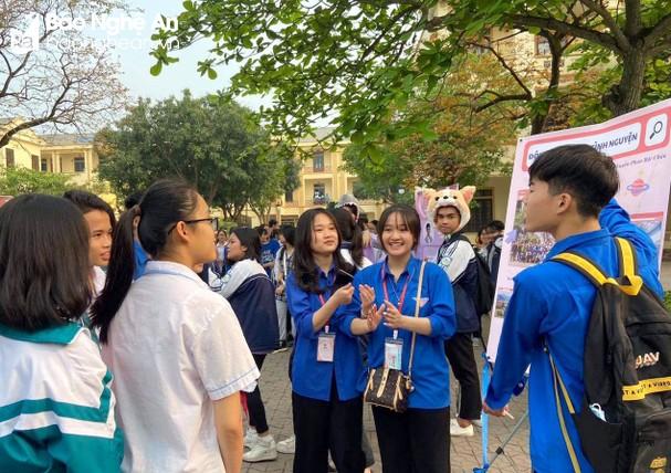 Chiều nay 19/3/2021, hơn 1.200 học sinh lớp 9 của Nghệ An bước vào Kỳ thi chọn học sinh giỏi tỉnh