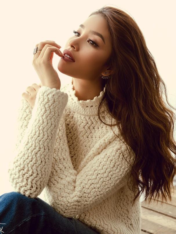 Thoát khỏi hình ảnh beauty queen, Phạm Hương cá tính thu hút mọi ánh nhìn-3