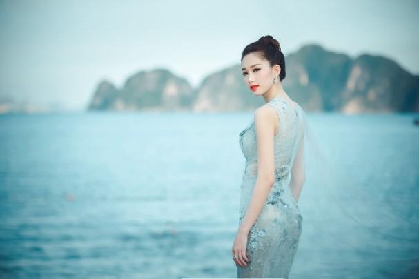 4 hoa hậu tài năng từng làm giám khảo Hoa hậu Việt Nam là ai? ảnh 8