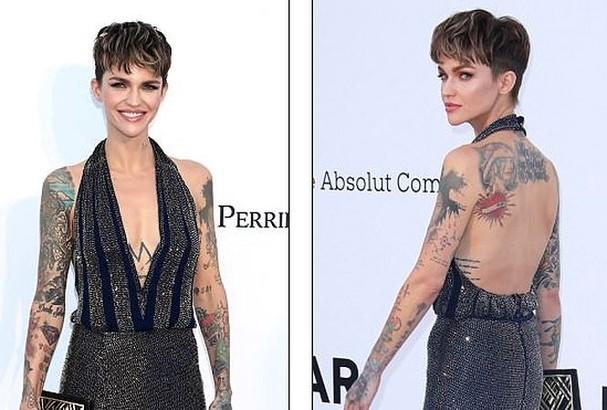 Sao Hollywood mặc váy khoét xẻ bạo, khoe hình xăm khắp người ở Cannes