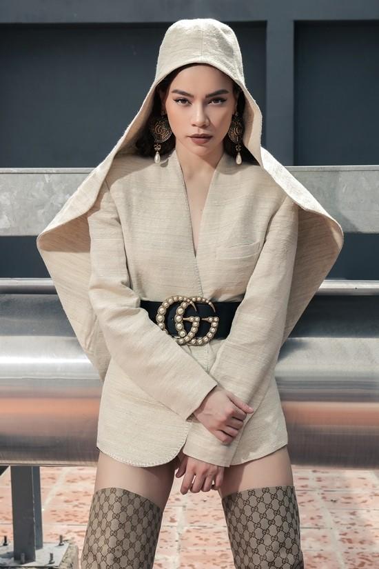 Ho Ngoc Ha mac sexy, phong cach ca tinh tao dang tren tang thuong-hinh-anh-14