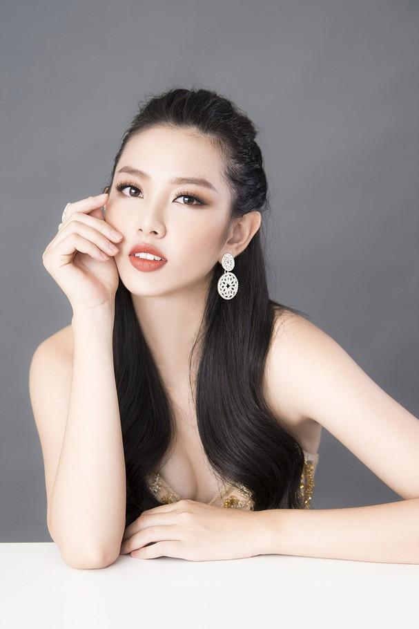 Thùy Tiên khoe sắc vóc chuẩn từng centimet trong bộ hình dạ hội mới - Ảnh 5.
