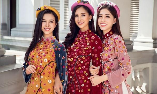 Top 3 HH Việt Nam 2018 khoe nhan sắc 'thanh xuân rực lửa' với áo dài - ảnh 1
