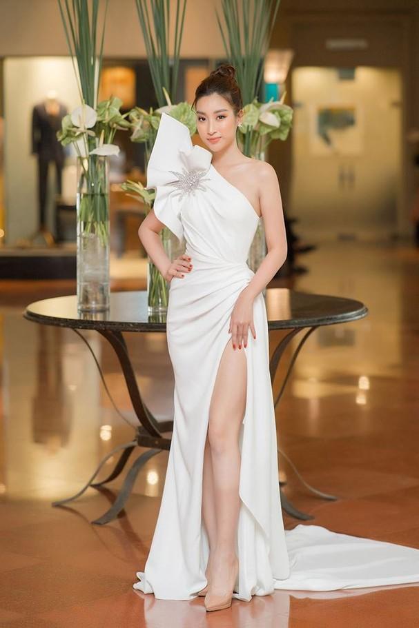 Hoa hậu Đỗ Mỹ Linh tái xuất gợi cảm sau thời gian 'ở ẩn' - ảnh 2