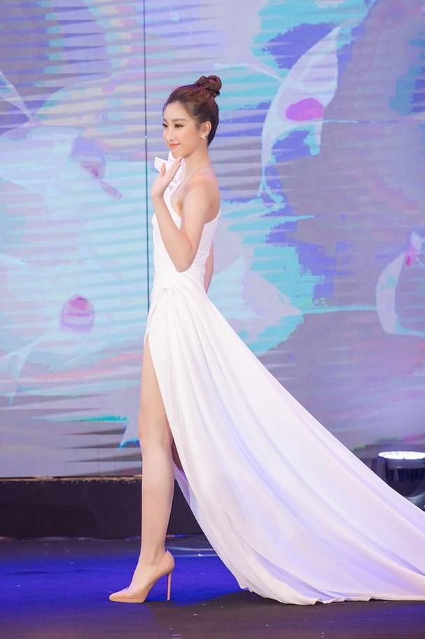 Hoa hậu Đỗ Mỹ Linh tái xuất gợi cảm sau thời gian 'ở ẩn' - ảnh 5