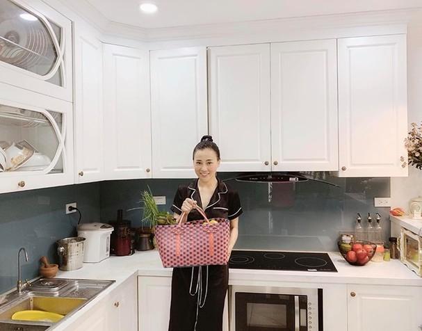 'Quỳnh búp bê' - Phương Oanh sở hữu tài sản 'khủng' nào ở tuổi 30? - ảnh 6