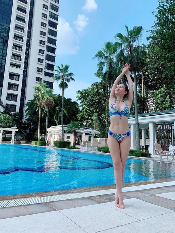 Thu Minh diện bikini khoe đường cong cực nóng bỏng - ảnh 1