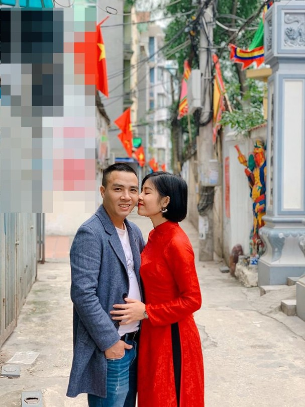 Xúng xính áo dài khoe ảnh tình cảm cùng ông xã, MC Hoàng Linh làm người nhìn gato cực mạnh-2