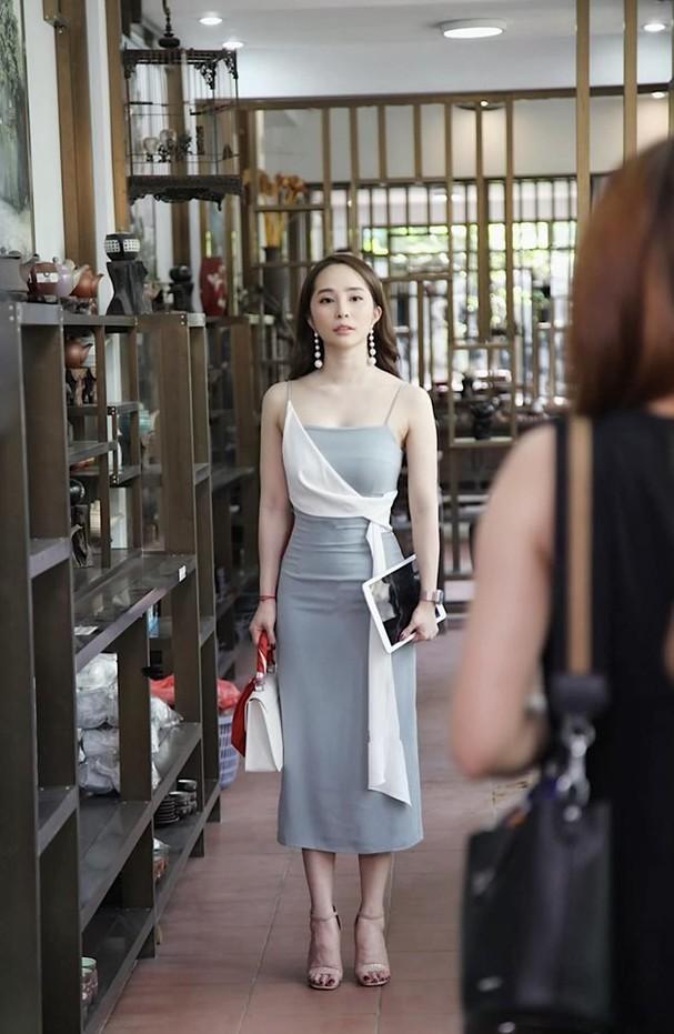 Netizen phát sốt với hình ảnh diện bikini màu da khoe trọn đường cong của Quỳnh Nga ảnh 6