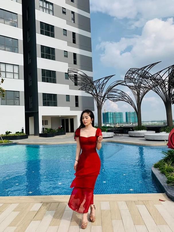 Netizen phát sốt với hình ảnh diện bikini màu da khoe trọn đường cong của Quỳnh Nga ảnh 4