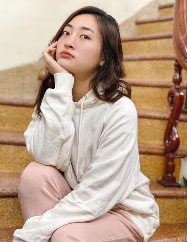 H'Hen Niê tung váy dạ hội đẹp tựa 'nữ thần' trong hang Sơn Đoòng - ảnh 6