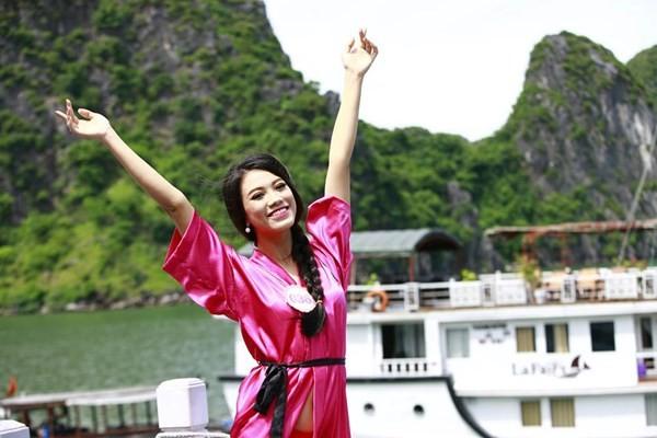 Dàn mỹ nữ Hoa hậu Việt Nam gợi cảm trên du thuyền 5 sao - 5