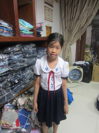 co-be-nha-ngheo-nhung-luon-doc-lap-va-manh-me