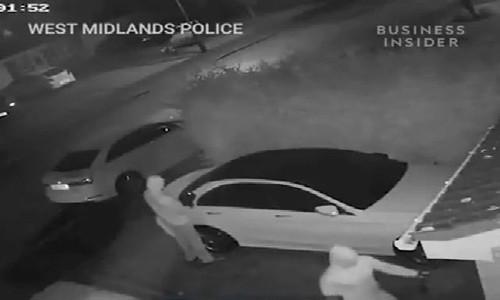 Trộm xe Mercedes công nghệ cao không cần chìa khóa