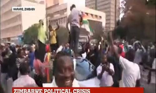 Tổng thống Zimbabwe từ chức sau 37 năm cầm quyền
