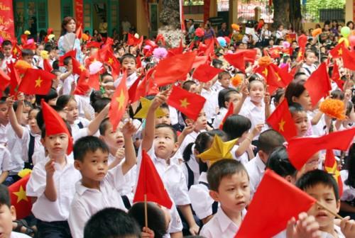 Quốc hội ban hành Nghị quyết điều chỉnh lộ trình thực hiện chương trình, SGK