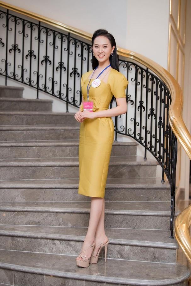 Sắc vóc đẹp hút hồn của các người đẹp xứ Nghệ lọt Bán kết Hoa hậu Việt Nam 2020 - ảnh 10