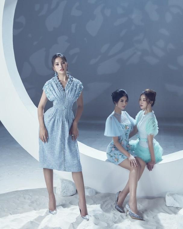 """NTK Lê Thanh Hòa luôn được ưu ái biết đến với cái tên """"Nhà thiết kế của các Hoa hậu"""", những thiết kế mang tính ứng dụng cao của anh luôn được các Hoa hậu chọn lựa cho các sự kiện lớn nhỏ khác nhau."""