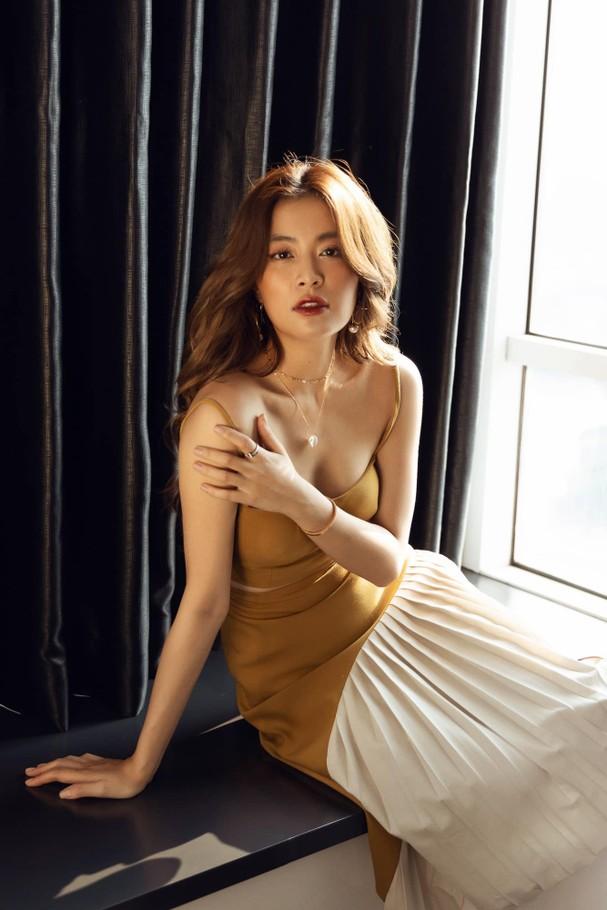 Top 10 mỹ nhân quyến rũ nhất showbiz Việt năm 2020 - Ảnh 6.