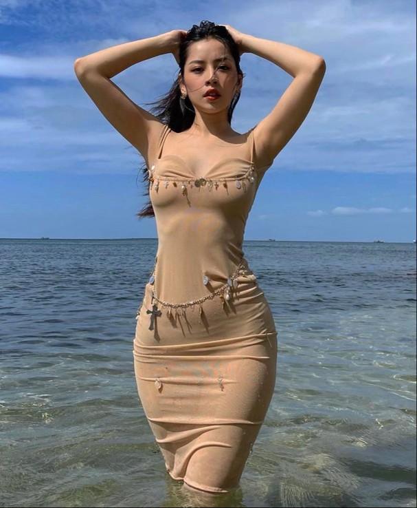 Top 10 mỹ nhân quyến rũ nhất showbiz Việt năm 2020 - Ảnh 9.