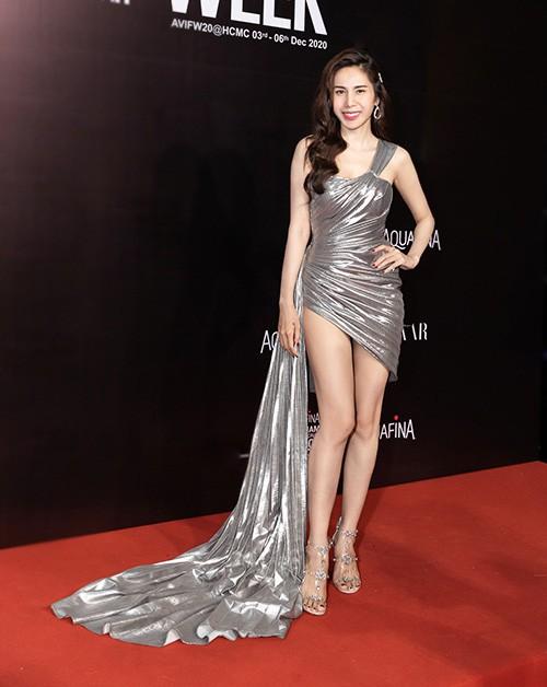 Top 10 mỹ nhân quyến rũ nhất showbiz Việt năm 2020 - Ảnh 4.