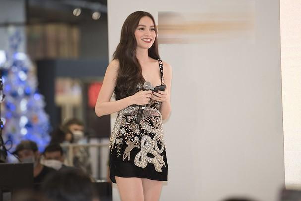Top 10 mỹ nhân quyến rũ nhất showbiz Việt năm 2020 - Ảnh 1.