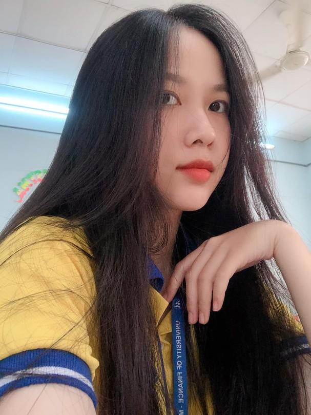 Ảnh cấp 3 cực xinh đẹp của 'Người đẹp có làn da đẹp nhất' Hoa hậu Việt Nam 2020 - ảnh 12