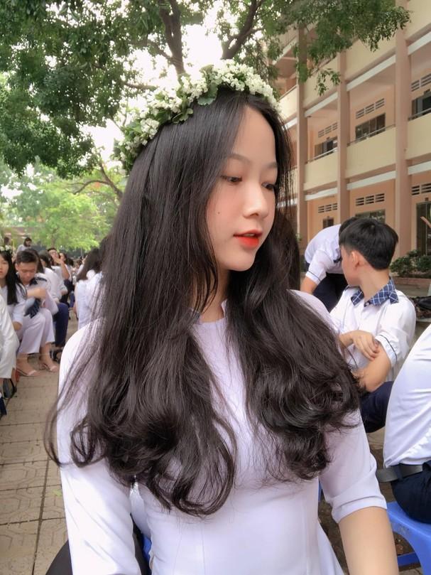 Ảnh cấp 3 cực xinh đẹp của 'Người đẹp có làn da đẹp nhất' Hoa hậu Việt Nam 2020 - ảnh 2