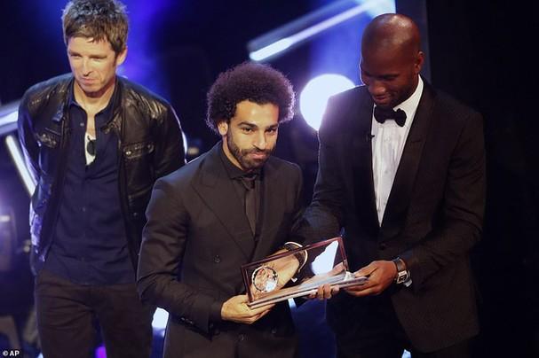 Mohamed Salah được vinh danh ở giải Puskas