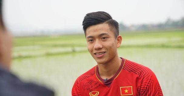 Thể thao - Thưởng nóng 100 triệu đồng cho Phan Văn Đức vì màn trình diễn ấn tượng