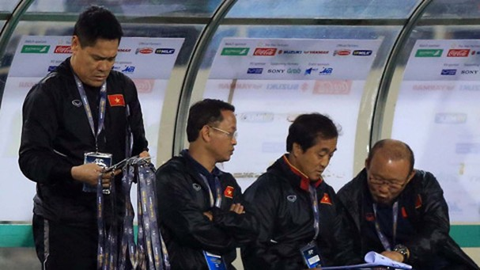 """Thầy Park """"mổ băng"""" giải mã U23 Thái Lan"""
