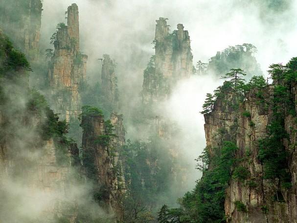 Chiêm ngưỡng vẻ đẹp kì lạ của trái đất qua 25 bức ảnh - ảnh 12