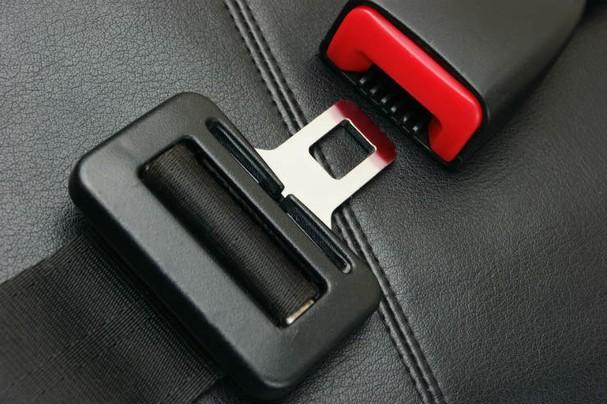 10 nguy hiểm tiềm tàng trên ô tô mà người dùng ít để ý