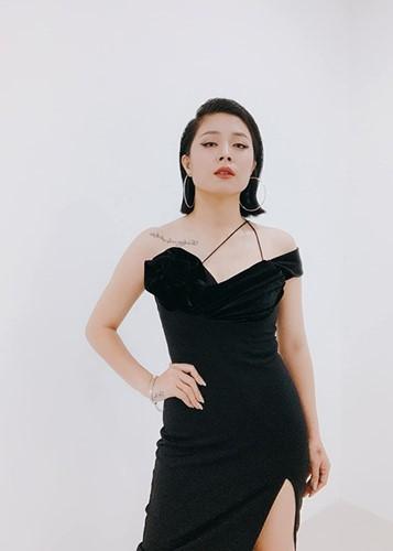Voc dang goi cam cua MC Hoang Linh bi don lo clip nong-Hinh-11