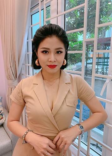 Voc dang goi cam cua MC Hoang Linh bi don lo clip nong-Hinh-13