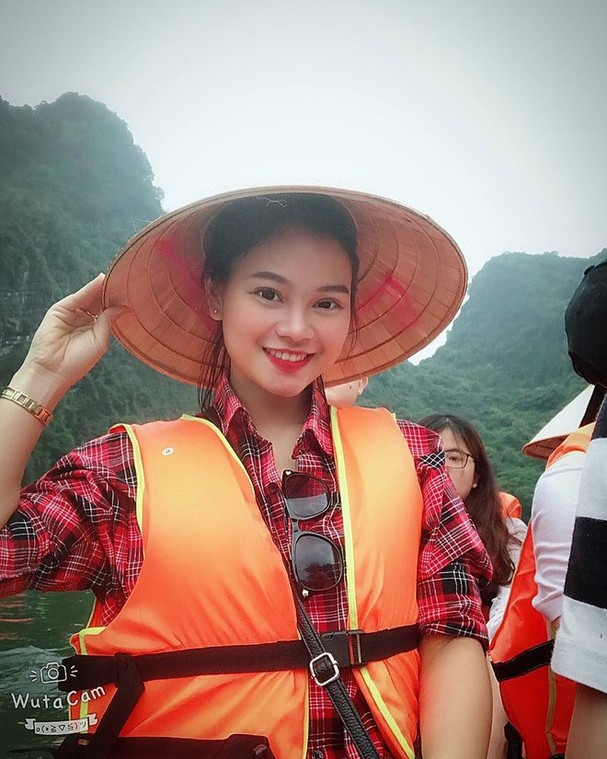 Cũng như bao cô nàng khác, Tú Anh cũng yêu thích du lịch.