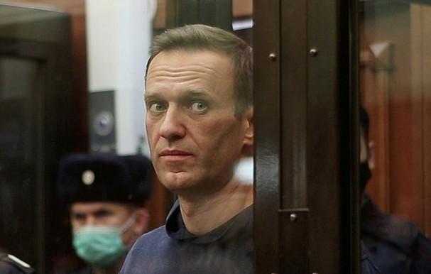 Alexei Navalny tại phiên tòa ở Nga ngày 2/2. Ảnh:Reuters.
